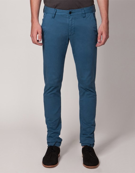 Wrangler Strangler Chinos in Sea Blue Summer in the City